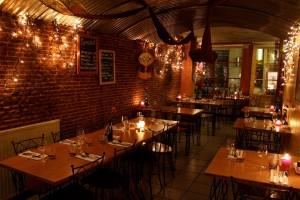 maleisisch restaurant wau interior